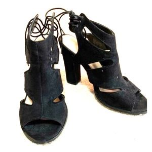 Black Wedges 6.5 Woman's